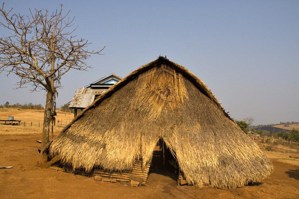 4프농족 가옥