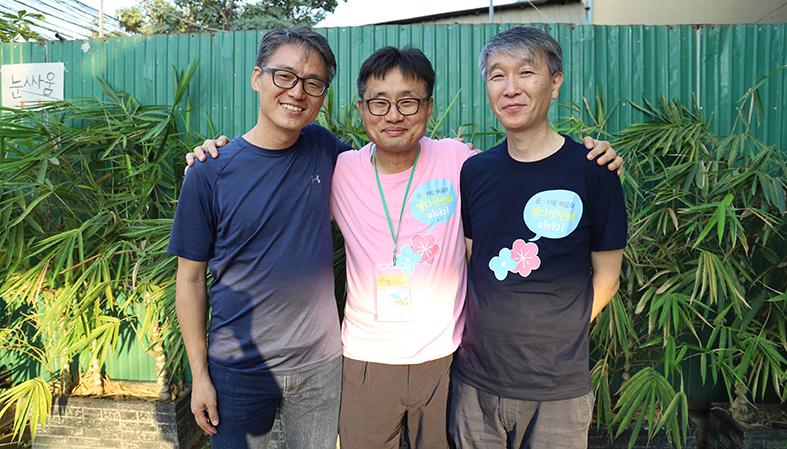 ▲ 박영주 주캄 한인선교사회  MK운영회장, 좋은교사모임(GVF) 팀장 최순용 교사, 유태종 프놈펜 좋은학교장 (왼쪽부터)