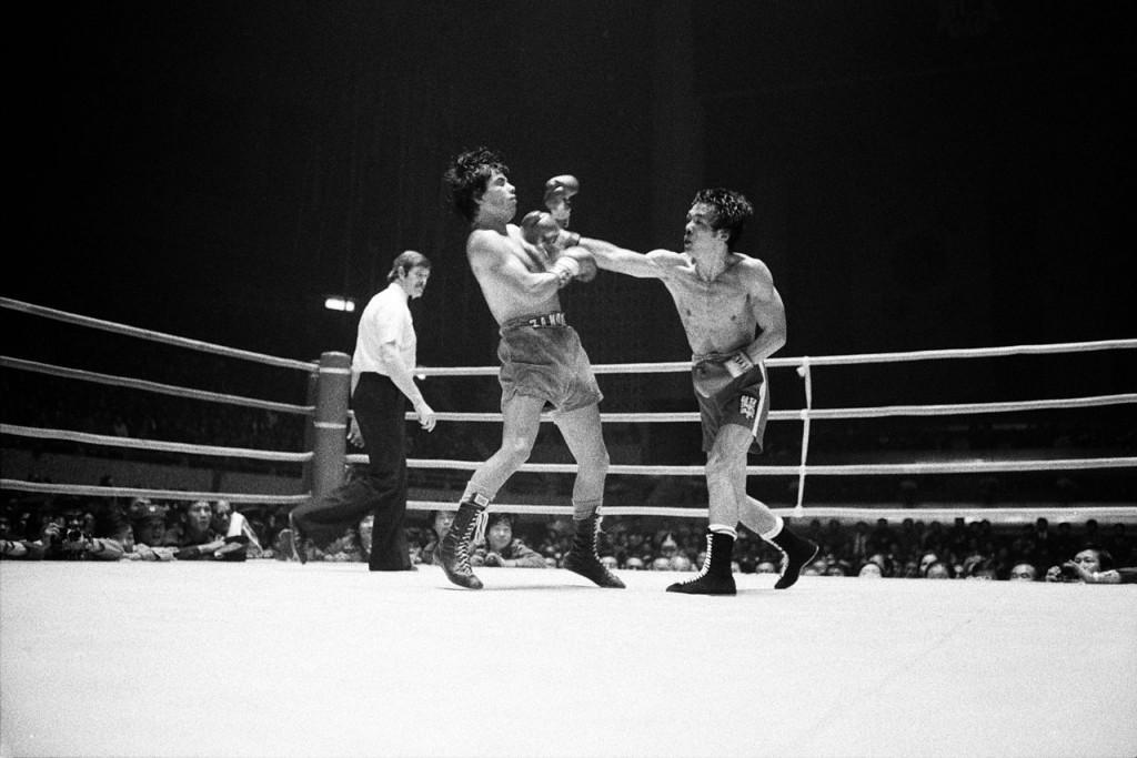 1280px-프로복싱_WBC_밴텀급_타이틀매치_홍수환_대_자모라_경기 (1)