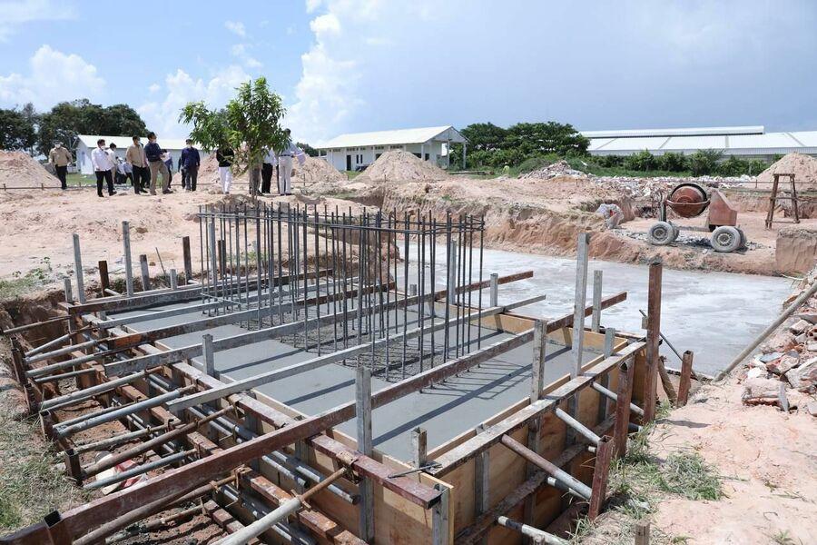 2021-06-08 캄보디아에 자체 콘크리트 제조 공장이 생긴다