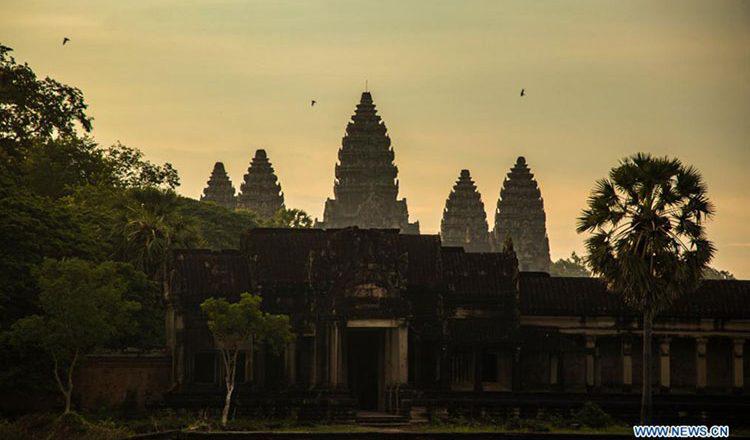 캄보디아 대표관광지 앙코르왓의 방문객이 코로나 팬데믹으로 인해 급격히 하락했다