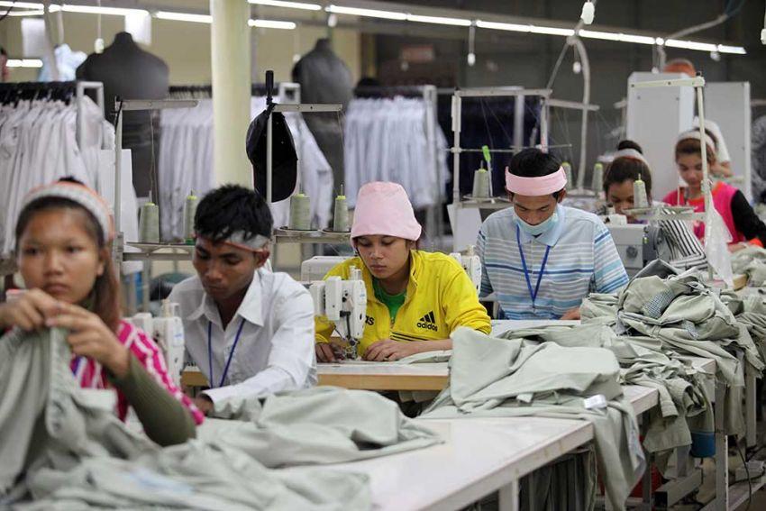 ▲ 캄보디아의 주요 수출품목은 신발 및 의류, 관광상품, 음료, 전자부품, 고무, 의약품, 농산물인 것으로 나타났다